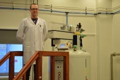 Bruker AVANCE-III 700 MHz NMR spectrometer