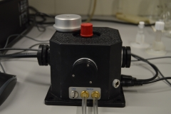 Thermostatted Single Cell Holder with Magnetic Stirrer